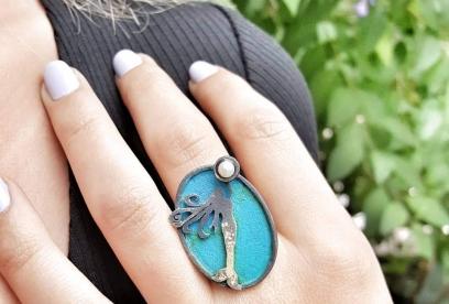 İnci Tutan Deniz Kızı Yüzüğü